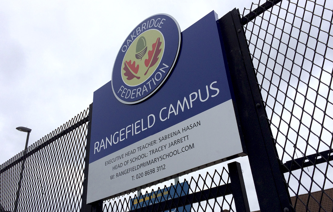Striking 3D signage for Rangefield Primary School